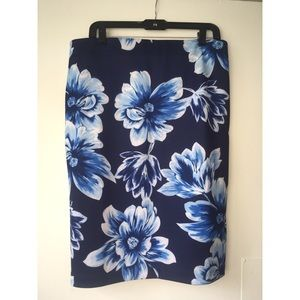 Floral pencil skirt *tags still on, never worn*